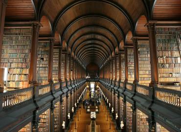Библиотека Trinity College в Дублине