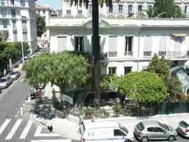 Здание школы Alpha.B в Ницце